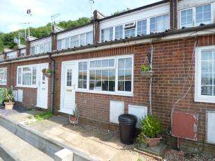 2 Bedrooms Terraced House for sale in Park Drive Close, Denton, East Sussex