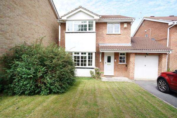 4 Bedrooms House for sale in Crescent Road, Downend, Bristol, BS16 2TW
