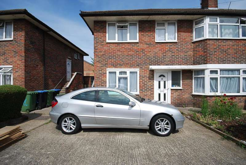 2 Bedrooms Maisonette Flat for sale in LONGLEY AVENUE, WEMBLEY, MIDDLESEX, HA0 1NQ