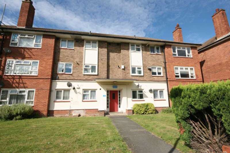 3 Bedrooms Apartment Flat for sale in Martins Road, Bromley