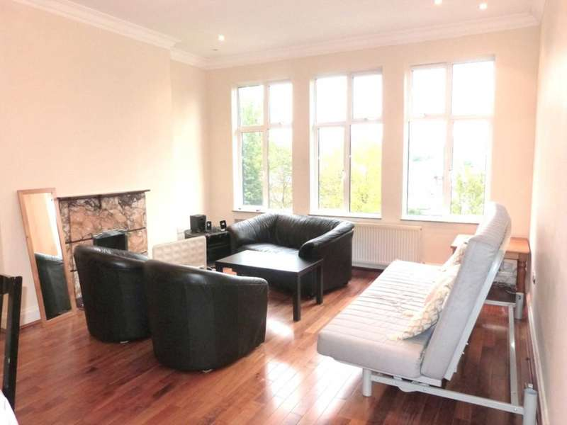 3 Bedrooms Flat for sale in Eagle Lodge, Golders Green Road, London