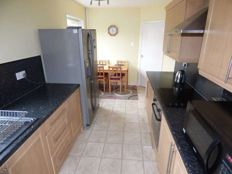 2 Bedrooms Bungalow for sale in York Road, Redcar