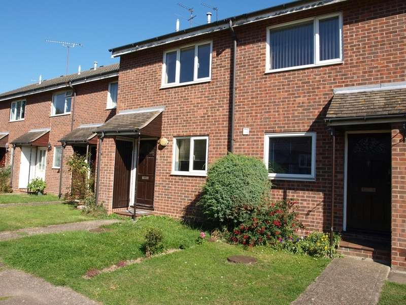 2 Bedrooms Terraced House for sale in Elmden Court, Clacton on Sea