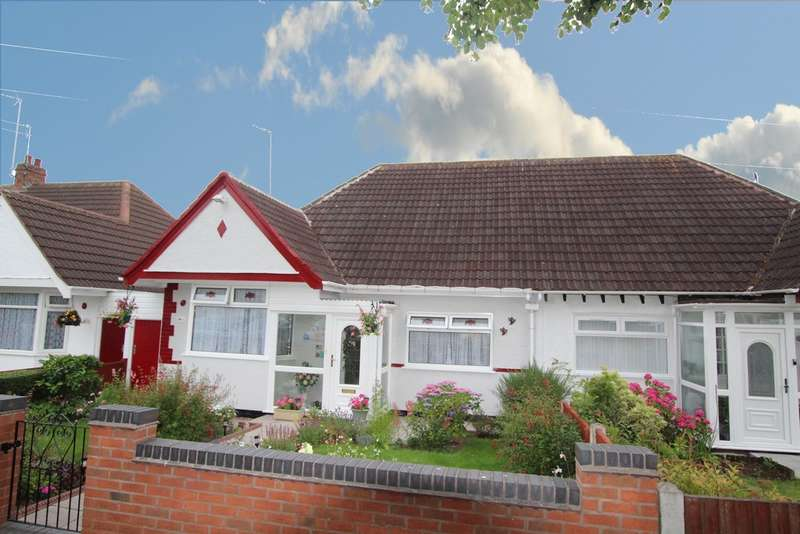 2 Bedrooms Semi Detached Bungalow for sale in Eversley Dale, Erdington, B24 8JS