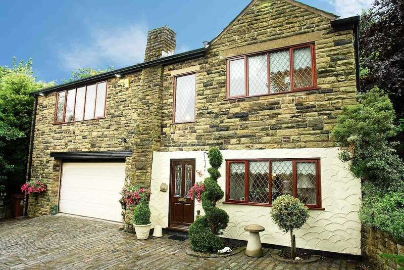 3 Bedrooms Detached House for sale in Hill End Road, Delph, Saddleworth