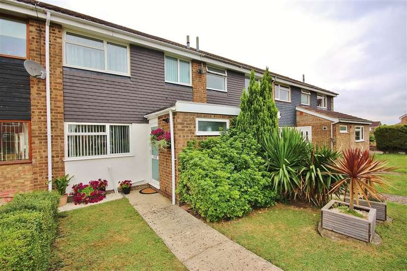 3 Bedrooms Terraced House for sale in Broadmarsh Close, Grove, Wantage, OX12