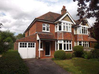 4 Bedrooms Semi Detached House for sale in Upper Shirley, Southampton, Hampshire