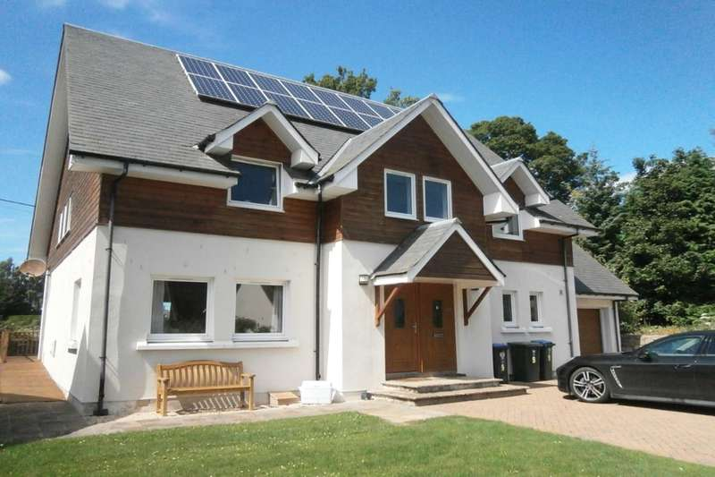 5 Bedrooms Detached House for sale in Huntingtowerfield, Perth, PH1