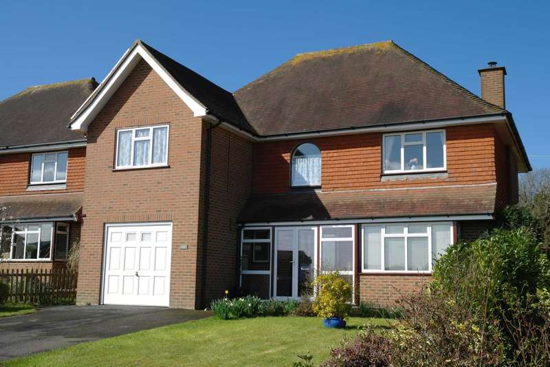 4 Bedrooms Detached House for sale in Washere Close, Berwick