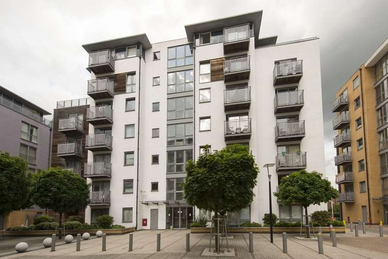 1 Bedroom Apartment Flat for sale in Idaho Building, Deals Gateway, London, SE13
