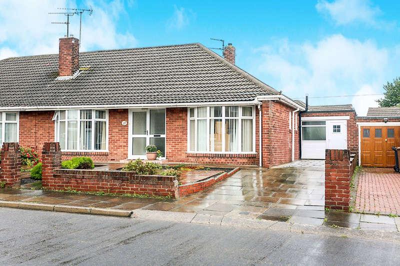 2 Bedrooms Semi Detached Bungalow for sale in Solway Avenue, North Shields, NE30