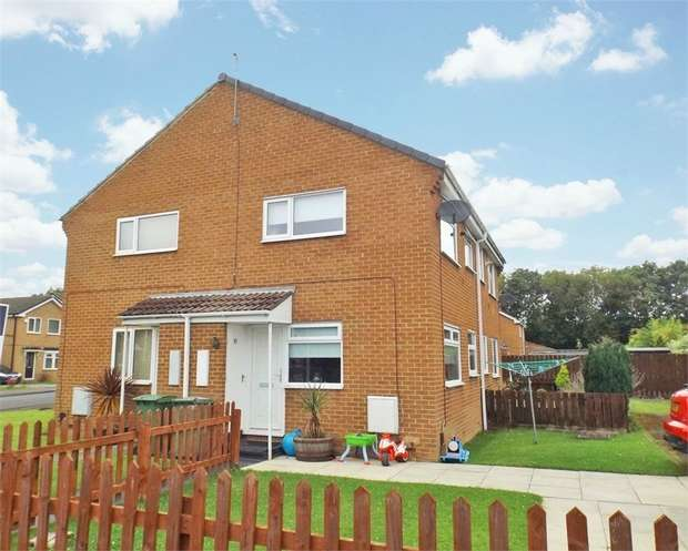 1 Bedroom End Of Terrace House for sale in Hickling Grove, Stockton-on-Tees, Durham