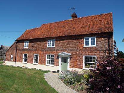 5 Bedrooms Detached House for sale in Thorpe-Le-Soken, Clacton-On-Sea, Essex