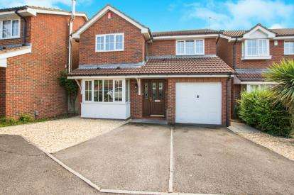 4 Bedrooms Detached House for sale in Field Farm Close, Stoke Gifford, Bristol, Gloucestershire