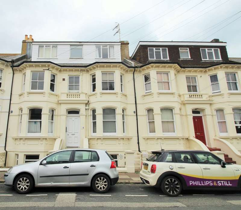 Flat for sale in Seafield Road, Hove