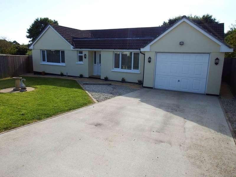 4 Bedrooms Detached Bungalow for sale in Bickington, Barnstaple