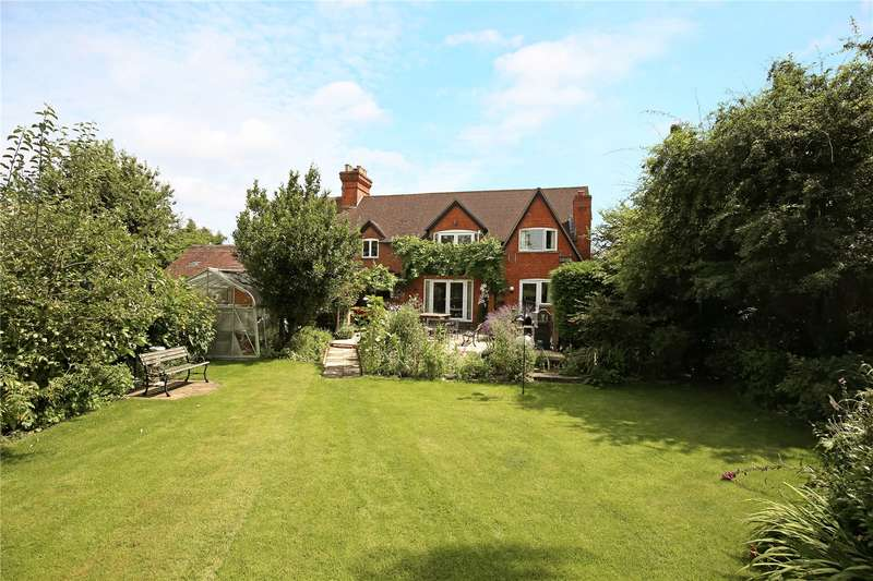 4 Bedrooms Semi Detached House for sale in Longney, Gloucester, Gloucestershire, GL2