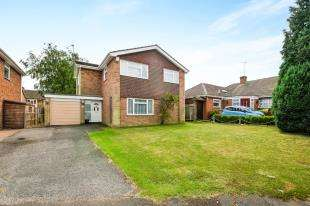 4 Bedrooms Detached House for sale in Brendon Drive, Ashford, Kent, .