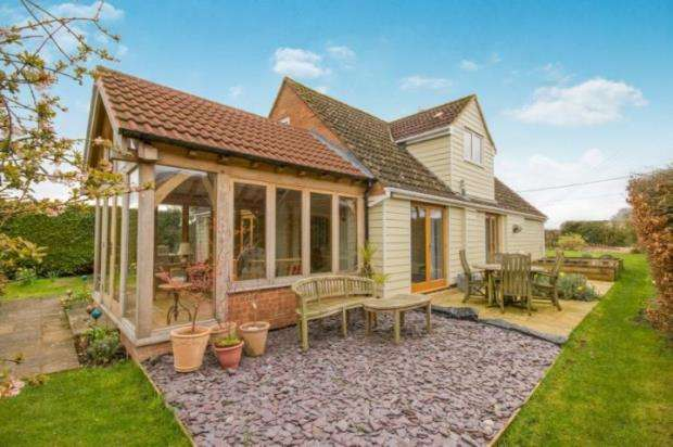4 Bedrooms Detached House for sale in Monk Sherborne, Tadley, Hampshire