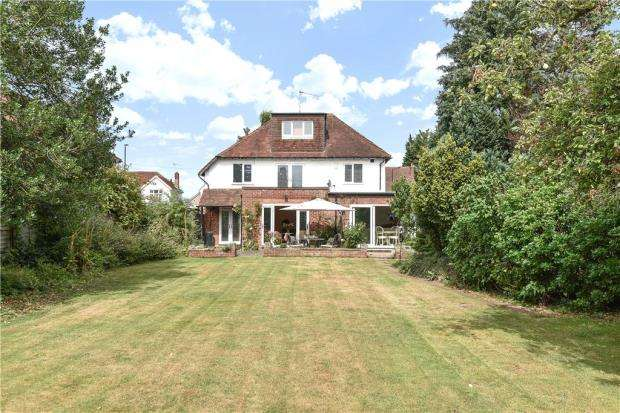 5 Bedrooms Detached House for sale in Burnham Lane, Slough, Berkshire
