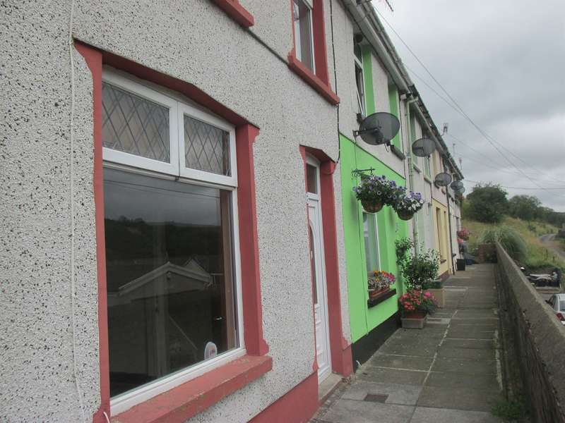 2 Bedrooms Terraced House for sale in Grove Terrace, Bedlinog, Treharris