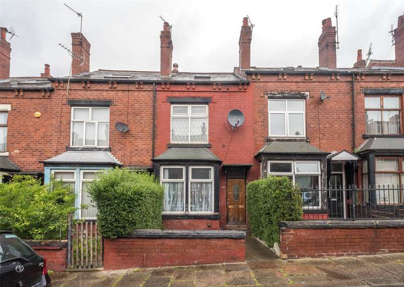 4 Bedrooms Terraced House for sale in Luxor View, Leeds, West Yorkshire, LS8