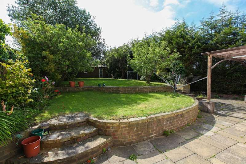 4 Bedrooms House for sale in Christian Fields, Norbury, SW16