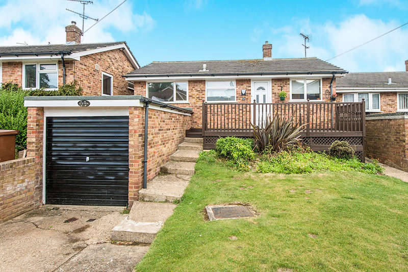 2 Bedrooms Detached Bungalow for sale in Holtwood Close, Gillingham, ME8