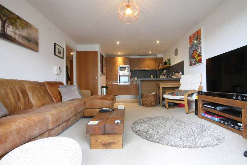 2 Bedrooms Apartment Flat for sale in Britton House, 21 Lord Street, Green Quarter
