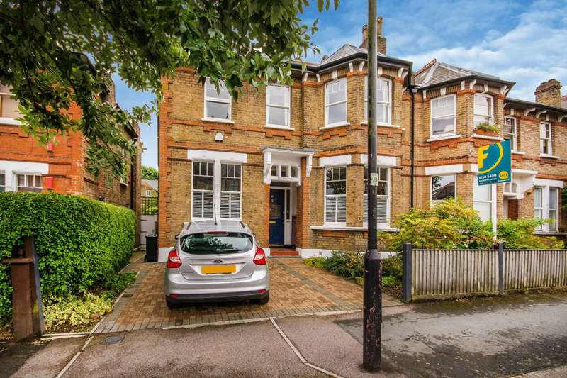 4 Bedrooms House for sale in Lanercost Road, Tulse Hill, SW2