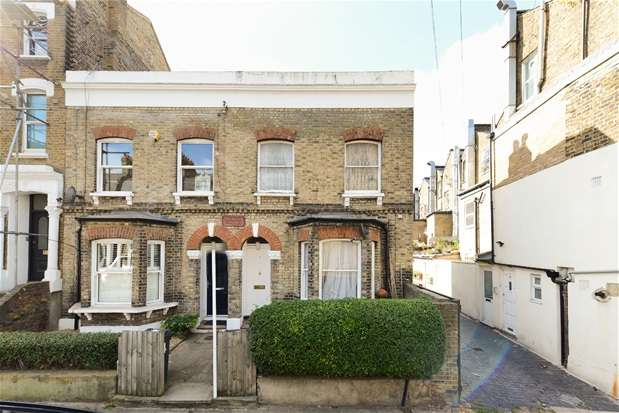 3 Bedrooms End Of Terrace House for sale in Arlingford Road, Brixton