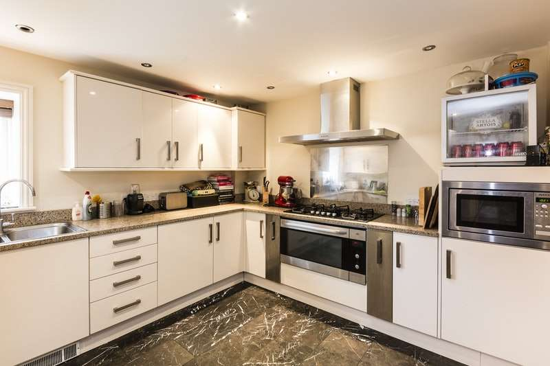 4 Bedrooms Semi Detached House for sale in Cuthberts Maltings, Diss, Norfolk, IP22