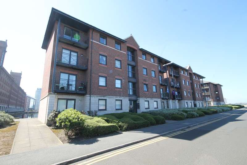 2 Bedrooms Apartment Flat for sale in Waterloo Quay, City Centre L3