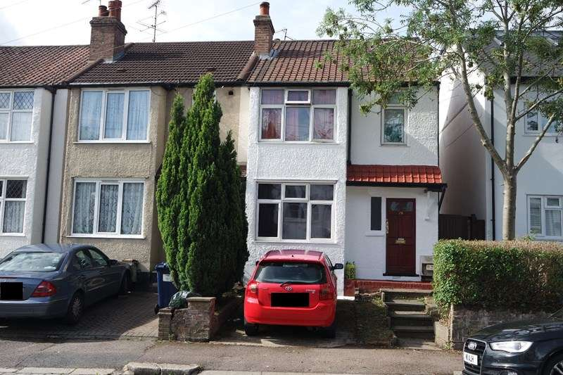3 Bedrooms End Of Terrace House for sale in Crescent Road, New Barnet