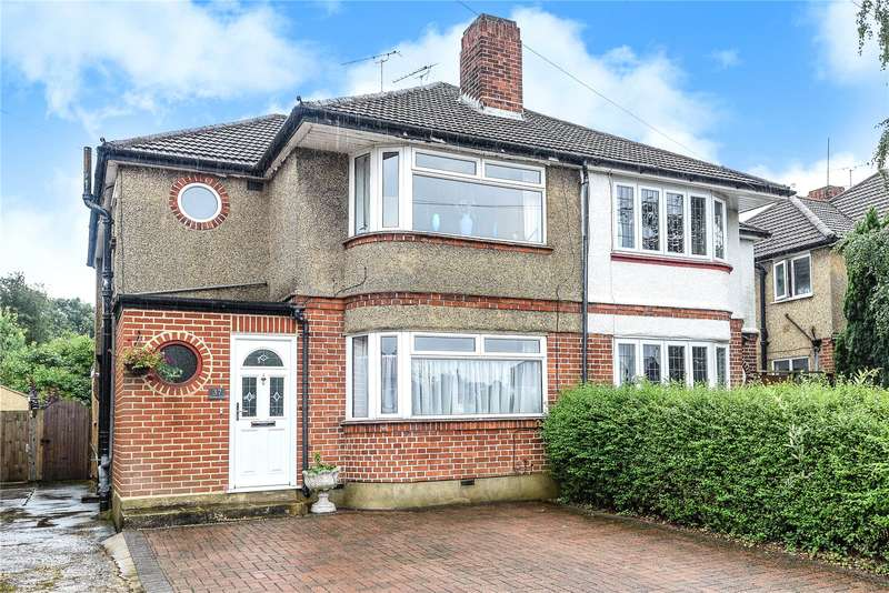 3 Bedrooms Semi Detached House for sale in Winton Drive, Croxley Green, Hertfordshire, WD3