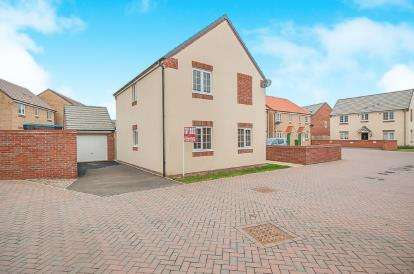 3 Bedrooms Detached House for sale in Felix Close, Cardea, Peterborough, Cambridgeshire