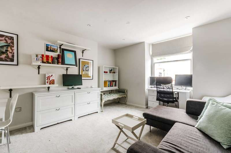 1 Bedroom Flat for sale in Bolton Gardens, South Kensington, SW5