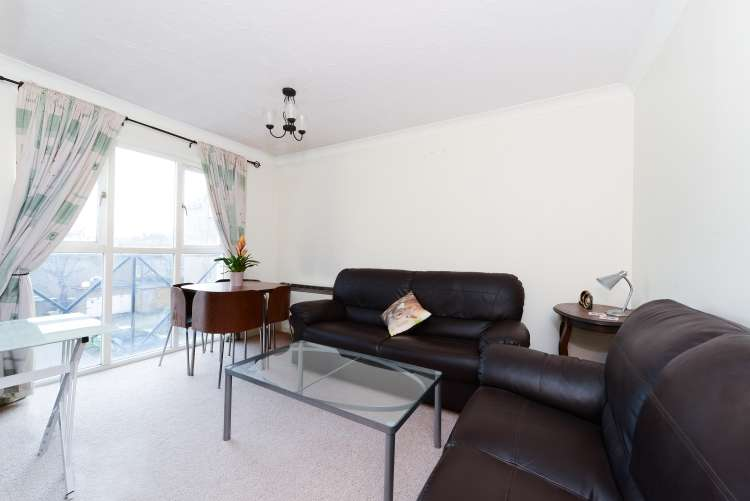 1 Bedroom Flat for sale in Farrow Lane New Cross SE14