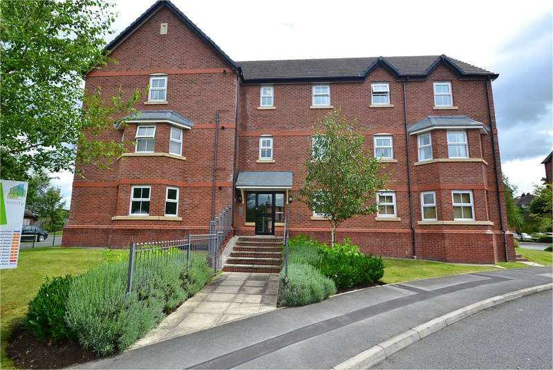 2 Bedrooms Flat for sale in Cooper Street, Hazel Grove, Stockport SK7 4LT