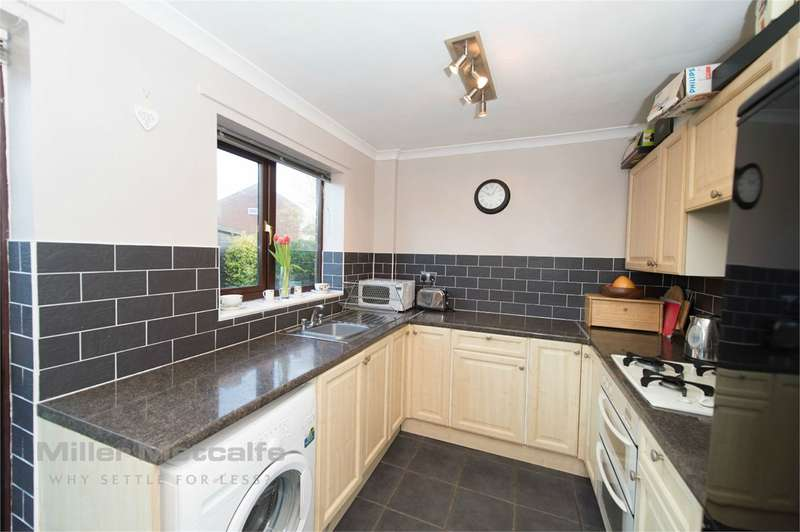 3 Bedrooms Semi Detached House for sale in Ashdown Lane, Birchwood, Warrington, WA3