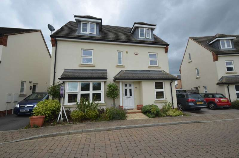 6 Bedrooms Detached House for sale in Oxley Park