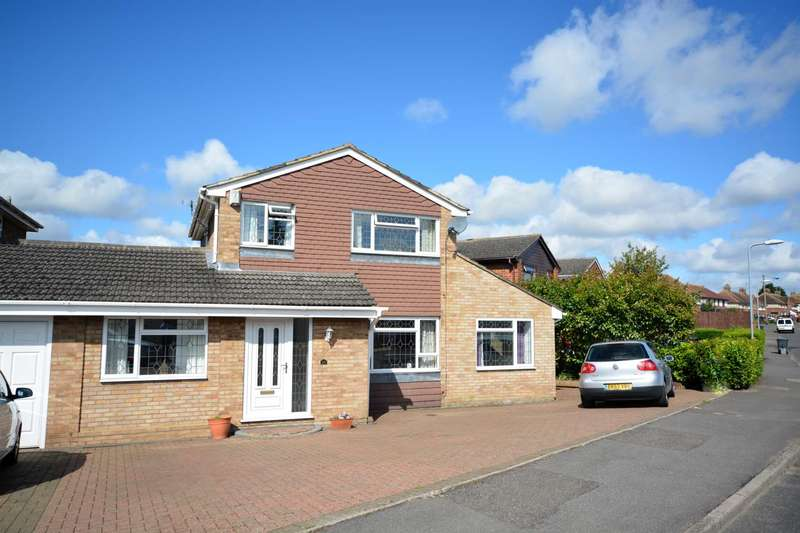 4 Bedrooms Link Detached House for sale in Porters Close, Deanshanger