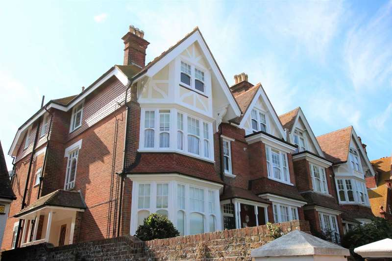 2 Bedrooms Flat for sale in Milnthorpe Road, Eastbourne, BN20 7NS