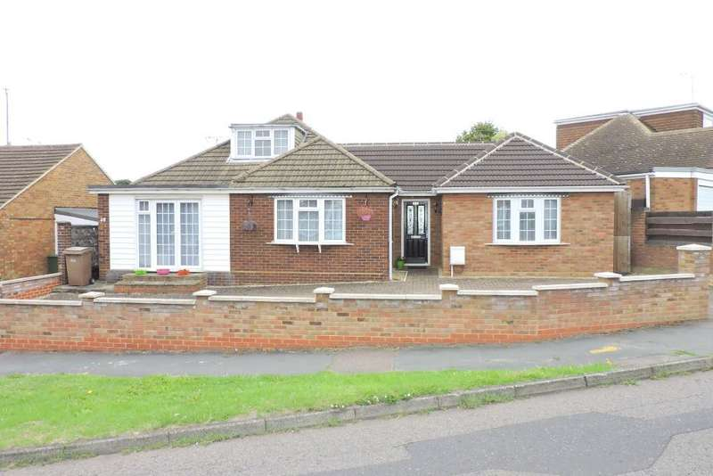 3 Bedrooms Bungalow for sale in Laburnum Grove, Luton, Bedfordshire, LU3 2DP