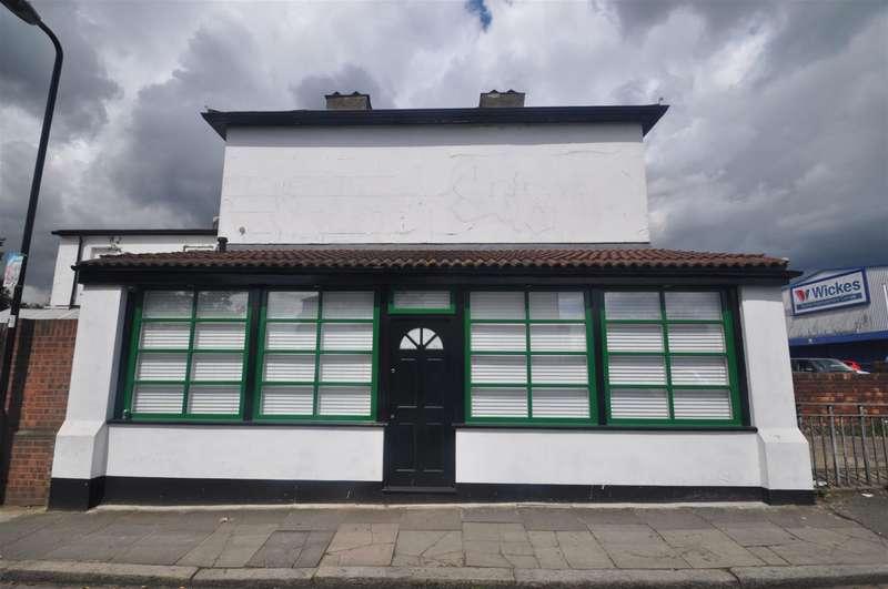 1 Bedroom Studio Flat for sale in Boston Road, Hanwell, London, W7 2ET