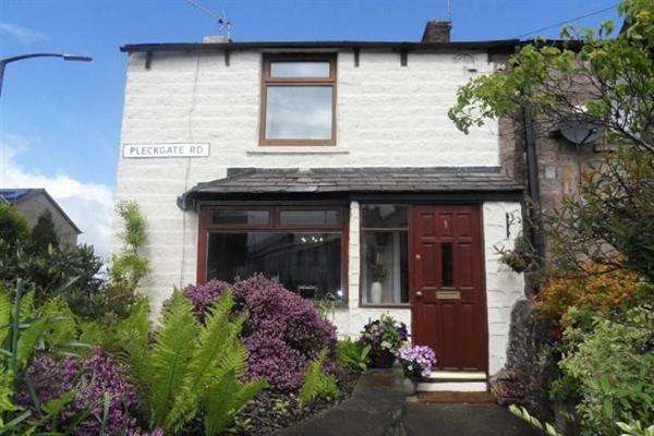 2 Bedrooms Property for sale in Pleckgate Road, Blackburn
