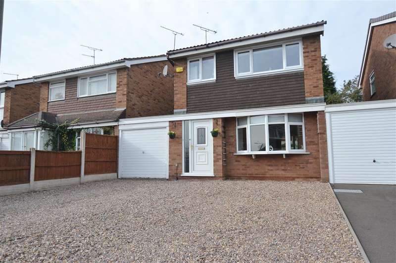 4 Bedrooms Link Detached House for sale in Baxter Green, Doxey, Stafford