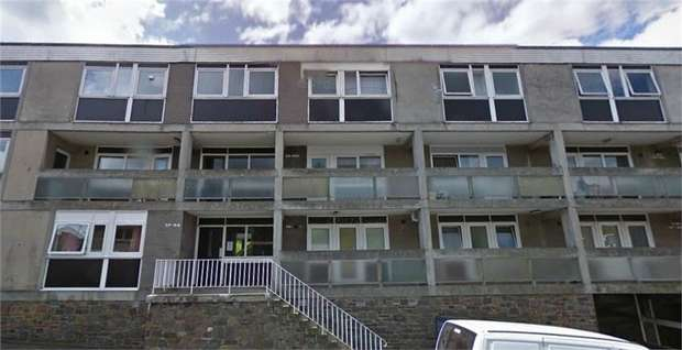 3 Bedrooms Maisonette Flat for sale in Croft Street, Galashiels, Scottish Borders