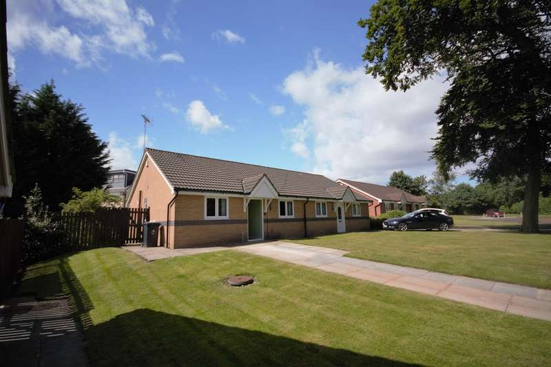 2 Bedrooms Semi Detached Bungalow for sale in Wensley Avenue, Halewood, Liverpool L26