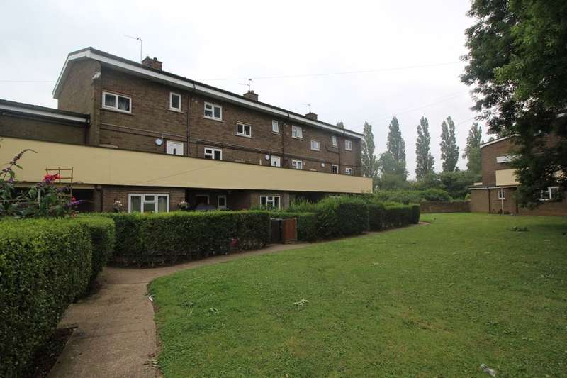 2 Bedrooms Flat for sale in Laughton Way, Lincoln, LN2